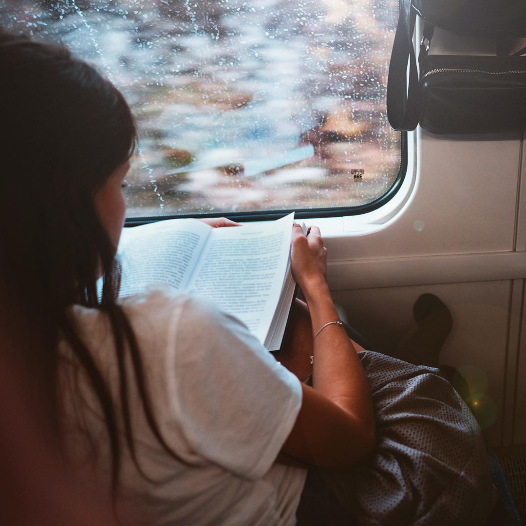 În Olanda poți merge cu trenul gratuit dacă ai o carte la tine