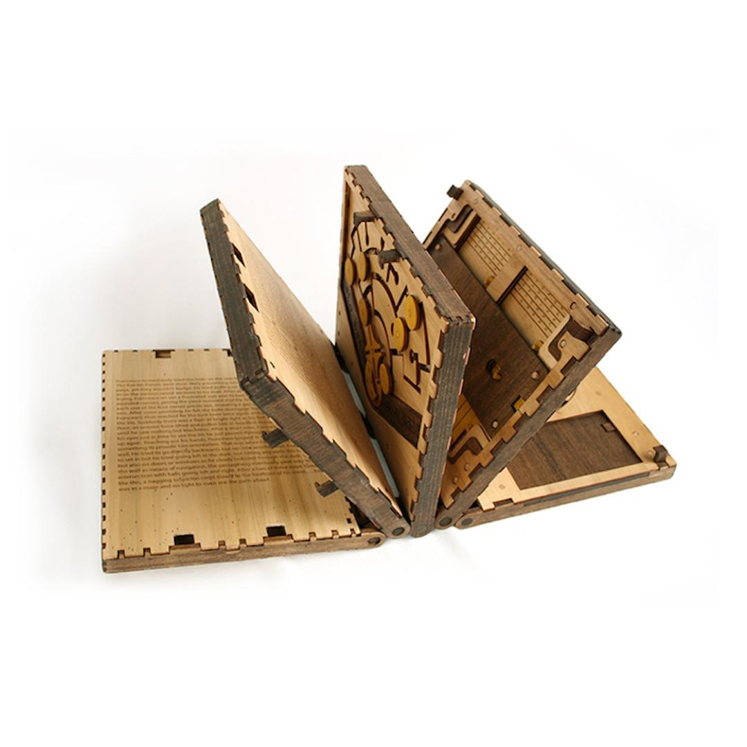 Cartea-puzzle-cum-o-rezolvi-pentru-a-putea-să-o-citești