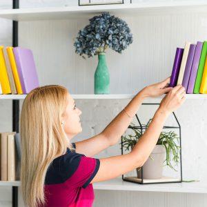 Cum-să-combați-plictiseala-cu-cărți