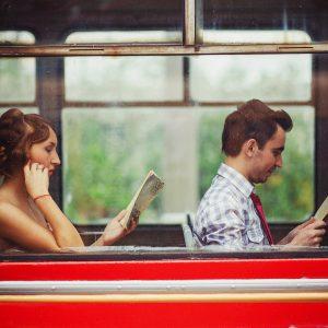 Orașul-din-România-în-care-puteai-călători-gratuit-cu-transportul-public-dacă-citeai-o-carte